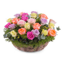 Centrepiece of multicoloured roses